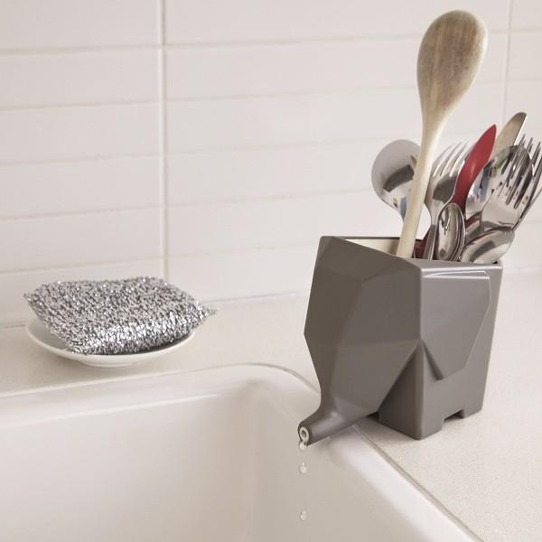 creative-design-of-flatware-holder-that-facilitates-drying- 15 Creative, Amazing and Functional Home Decorative Items