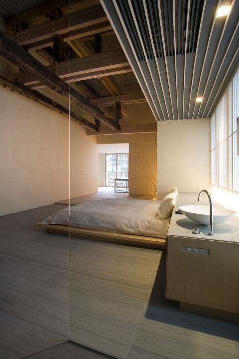 japanese small minimalist bedroom design-17 Stirring Minimalist Bedroom Interior Design Images
