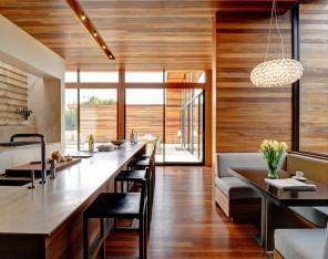 mahogany-interior-design-luxurious-house-New-York