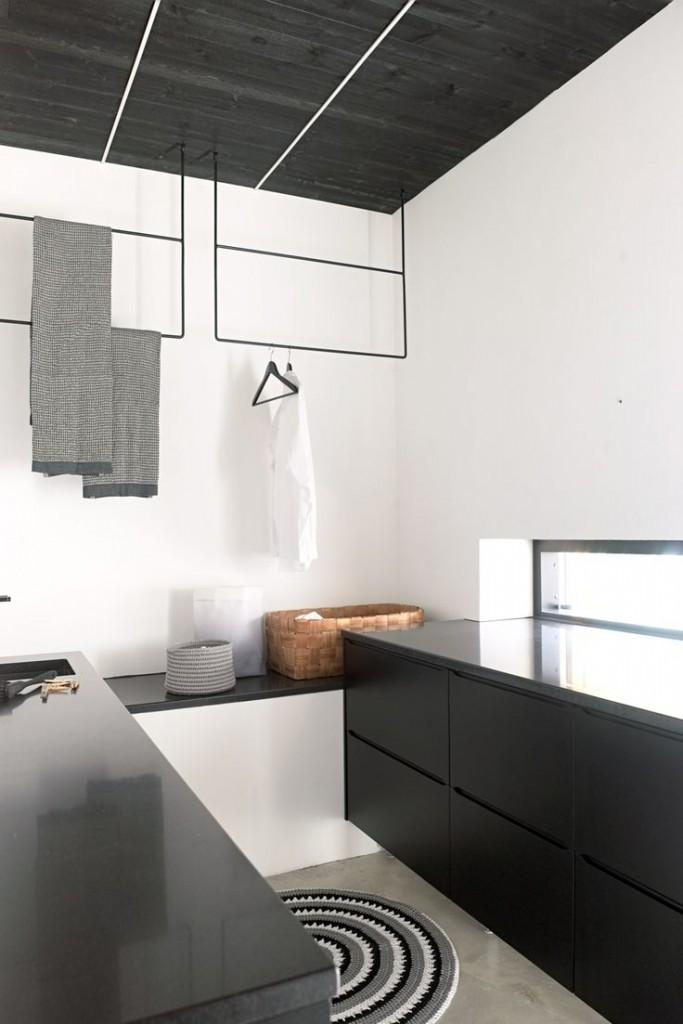 minimalist-laundry-room in black and white