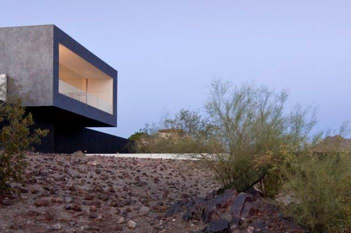 Modern minimalist architecture - Inner and Outer stylish simplicity in Arizona home