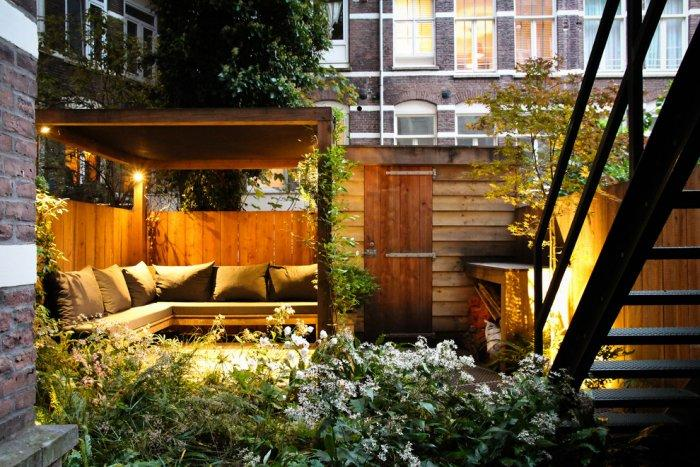 Personal secret garden in the backyard - 10 Tips for Creating a Home Paradise in Urban Areas
