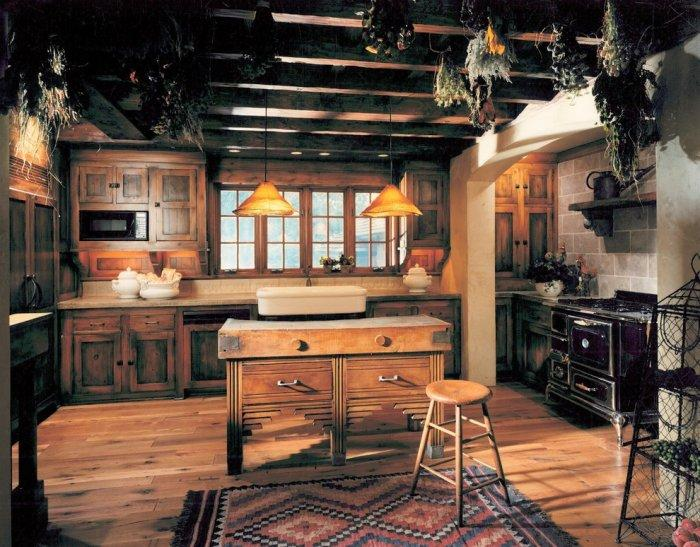 Rustic kitchen with vintage interior design style - 16 Advices and Examples for Creating a Cozy Atmosphere in the Cooking Areas