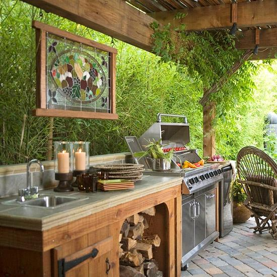 20 ideas and examples of well arranged outdoor kitchens for Kitchen designs outside
