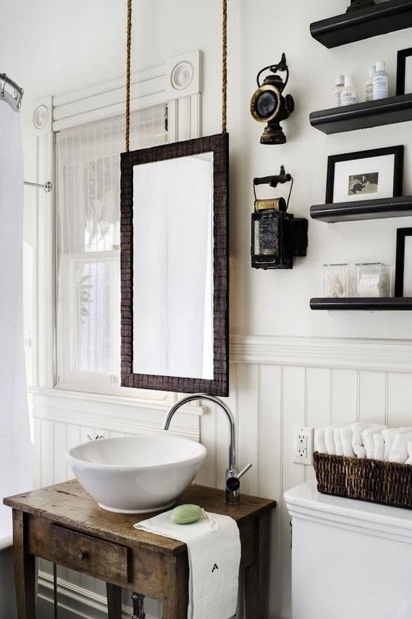 small rustic bathroom of contrast colors-Rough, yet elegant and authentic Private Room
