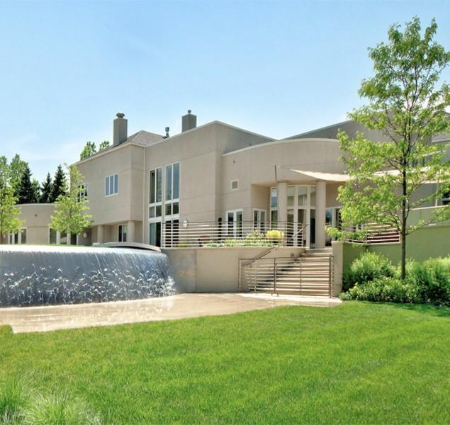 Inside Michael Jordan's Luxurious Mansion in Chicago