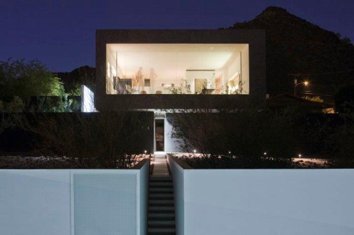 Minimalist Interior And Exterior Of A House In Arizona Inspiration Exterior Home Renovation Minimalist