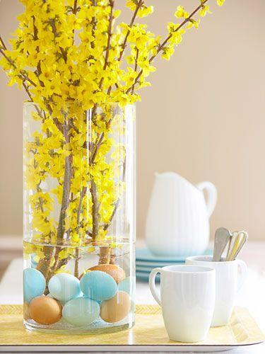 Amazing Easter Floral Arrangements in yellow-home decorations with impressive holiday ideas