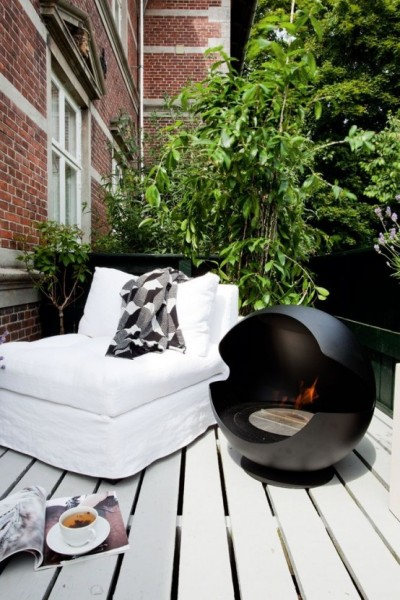 Awesome modern Scandinavian balcony-Trendy designs for outdoor home spaces