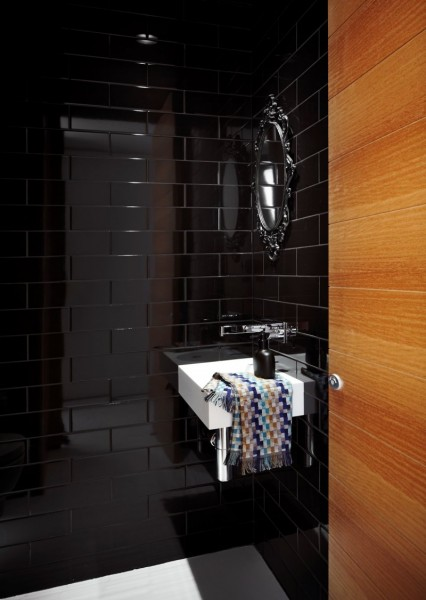 Bathroom design with varnished faience and wooden panelling walls-Contemporary Luxurious Penthouse Interior Design in Australia