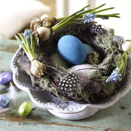 Blue and green Easter decoration with spring accents