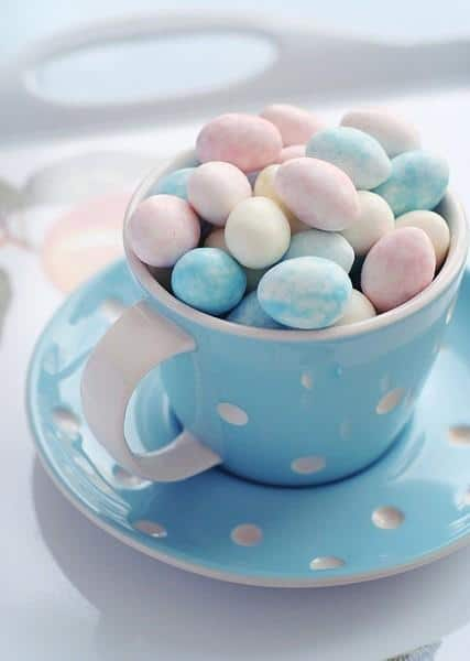 Blue themed tea cup with eggs
