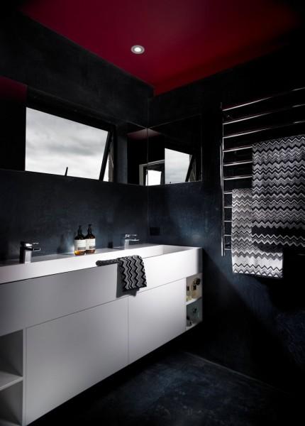 Clean and elegant bathroom design in black-Contemporary Luxurious Penthouse Interior Design in Australia