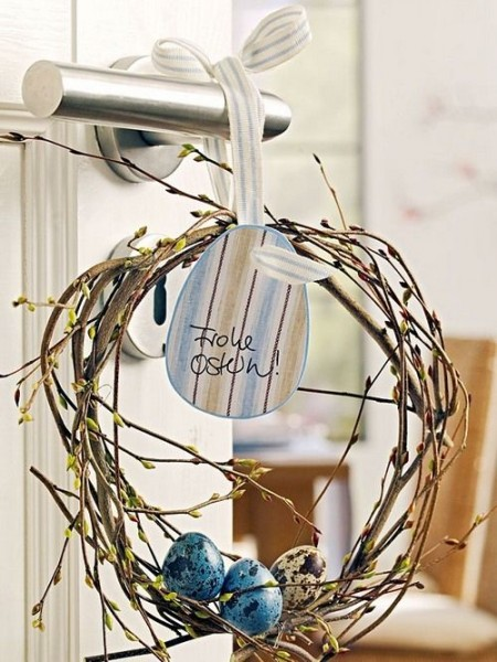 Creative natural front door wreath– Inspiring Easter Decorating Ideas for a Memorable Holiday