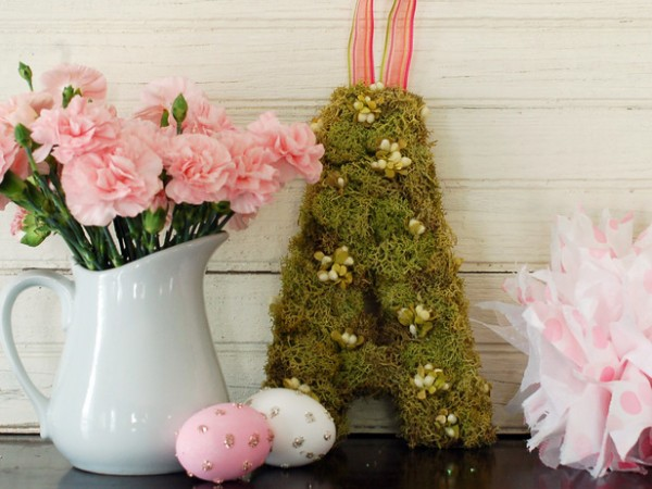 Easter moss monogram item – home decorating ideas for funny and joyful atmosphere