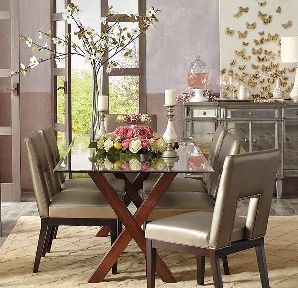 Elegant Easter table with roses