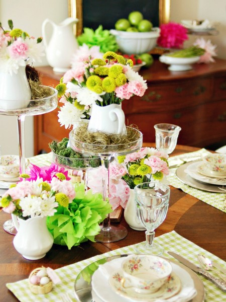 Fresh Easter spring table centerpieces – home decorating ideas for funny and joyful atmosphere