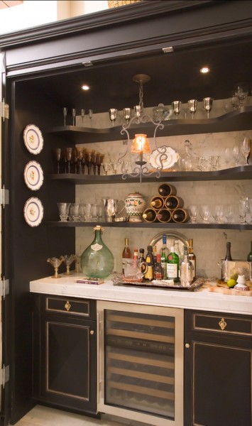 Inside a custom designed storage for kitchenware-42 Kitchen Interior Design Trends for Traditional Homes