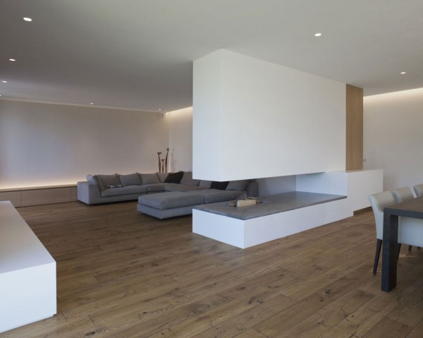 Living room in white and grey