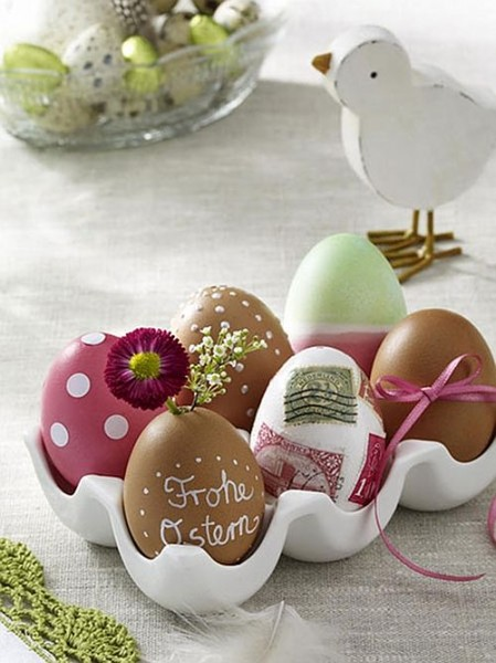 Natural toned eggs in an egg box– Inspiring Easter Decorating Ideas for a Memorable Holiday