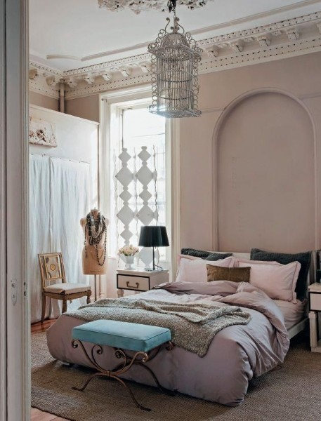 Romantic Bedroom in neutral colors- interior design ideas for own, private, intimate place.