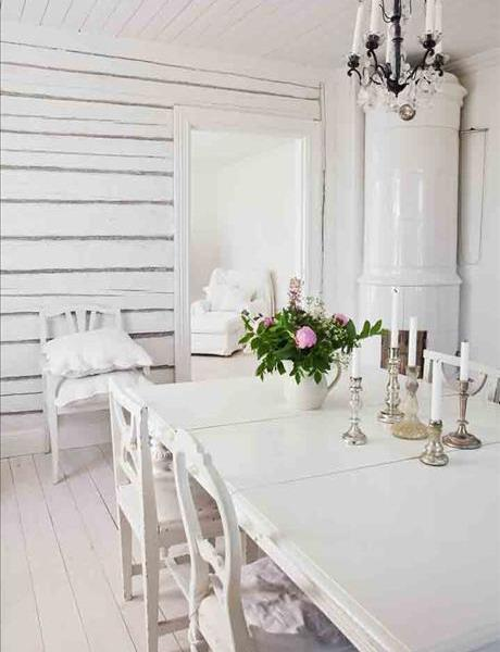 Shabby Chic Dinner Table In White  Interior Design And Home Decorating Ideas