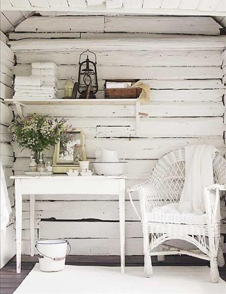 Shabby chic private corner- interior design and home decorating ideas