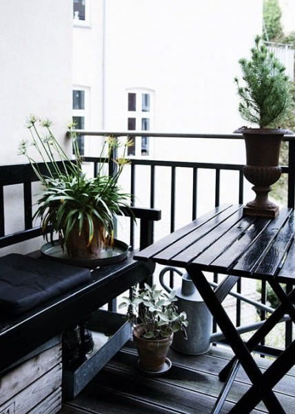 Sytlish Scandinavian terrace-Trendy designs for outdoor home spaces