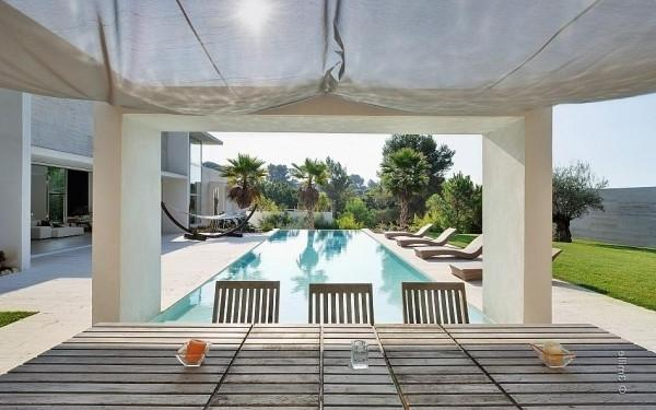 A view towards the outdoor pool -Minimalist Villa in France