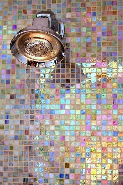 Bahtroom decorating with tiny tiles in changing colors