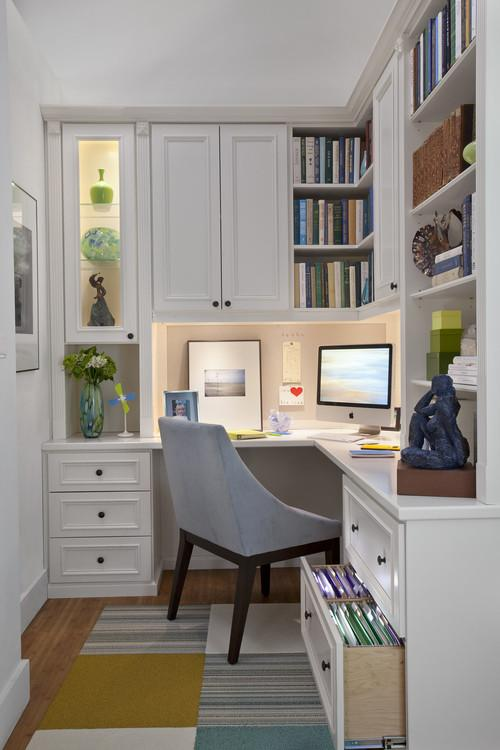Corners desk with monitor- personal office design ideas