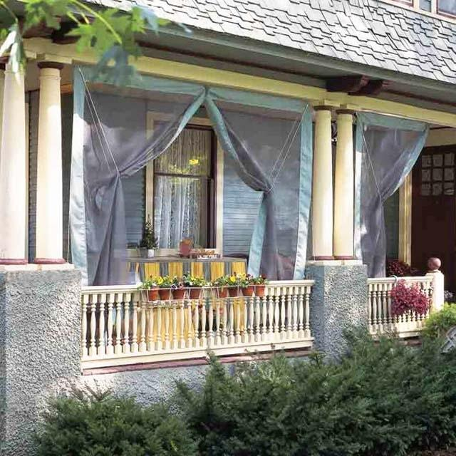 Front porch with curtains- Ideas for home outdoor spaces