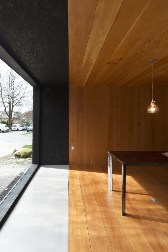 Small Minimalist House Interior Design in Canada ...