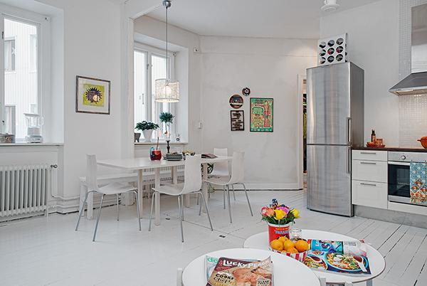 Modern open plan Shabby Chic dining room- Scandinavian Shabby Chic Apartment Interior in Gothenburg