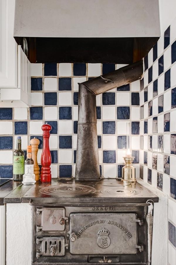 Old vintage oven- Greek Interior Design Style in White