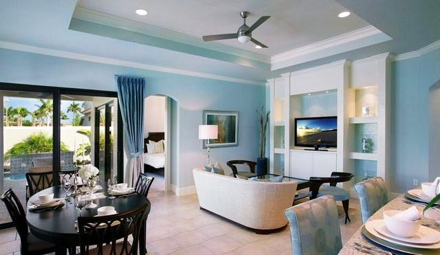 Pale blue walls and chairs– for amazing living room interior design
