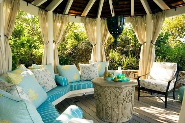 Round pergola with comfortable sofas- Ideas for home outdoor spaces