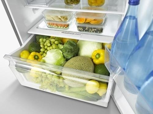Samsung 3050 - at the bottom there is a section for fresh vegetables