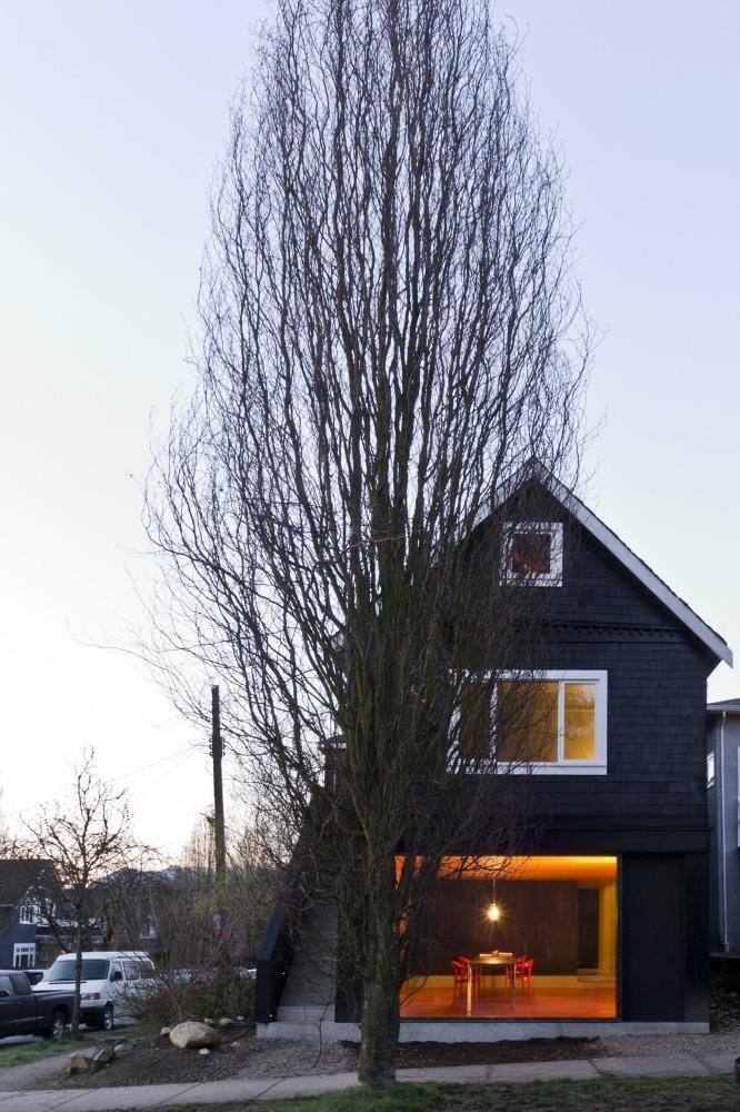 Small Minimalist House Interior Design in Canada | Founterior