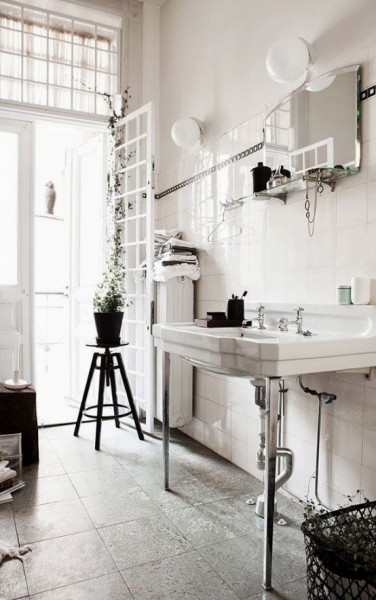 Stylish and elegant Scandinavian bathroom