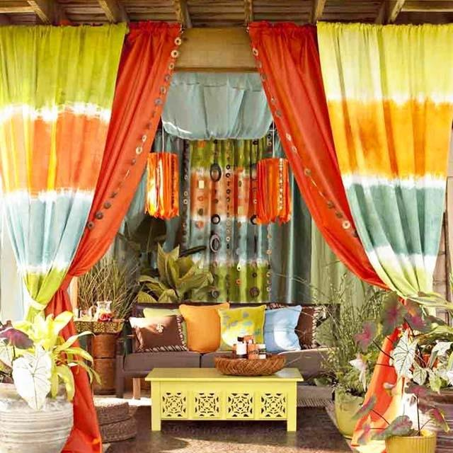 Summer tent with colorful accents- Ideas for home outdoor spaces