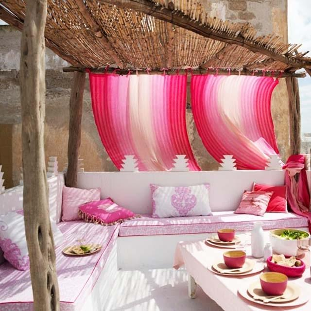 Sunny summer outdoor place in pink- Ideas for home outdoor spaces