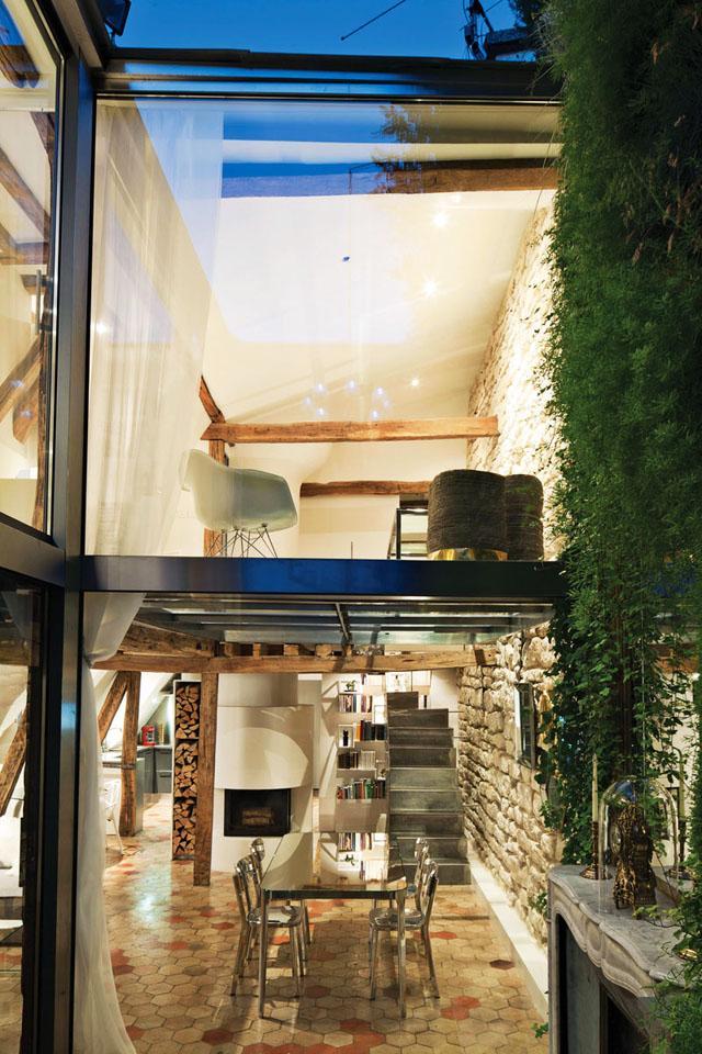 Two levels of transparency- Apartment Interior Design in Paris