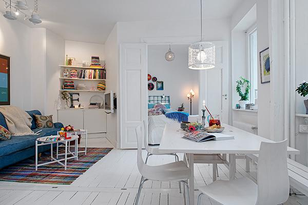 White shabby chic living and dining areas- Scandinavian Shabby Chic Apartment Interior in Gothenburg