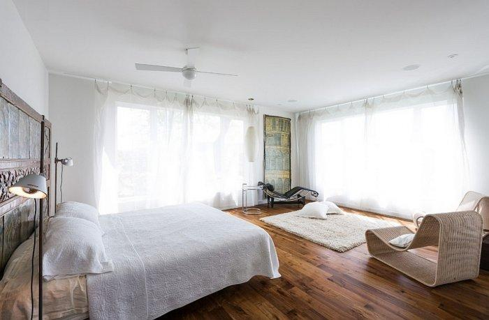 Artistic interior in a bedroom with decorations from all over the world
