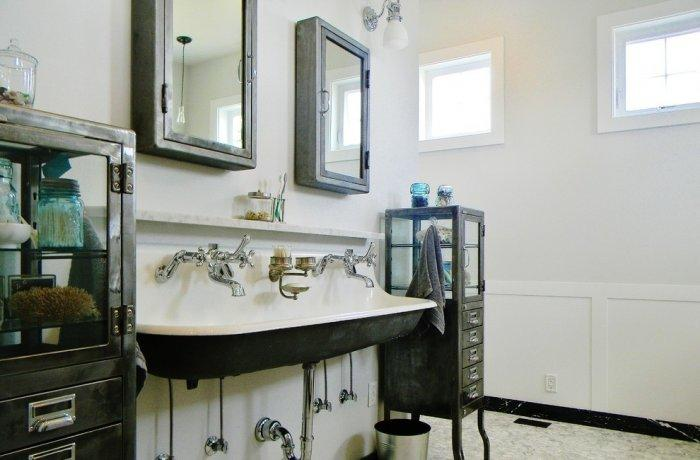 Chic Bathroom With Vintage Accents In Black And