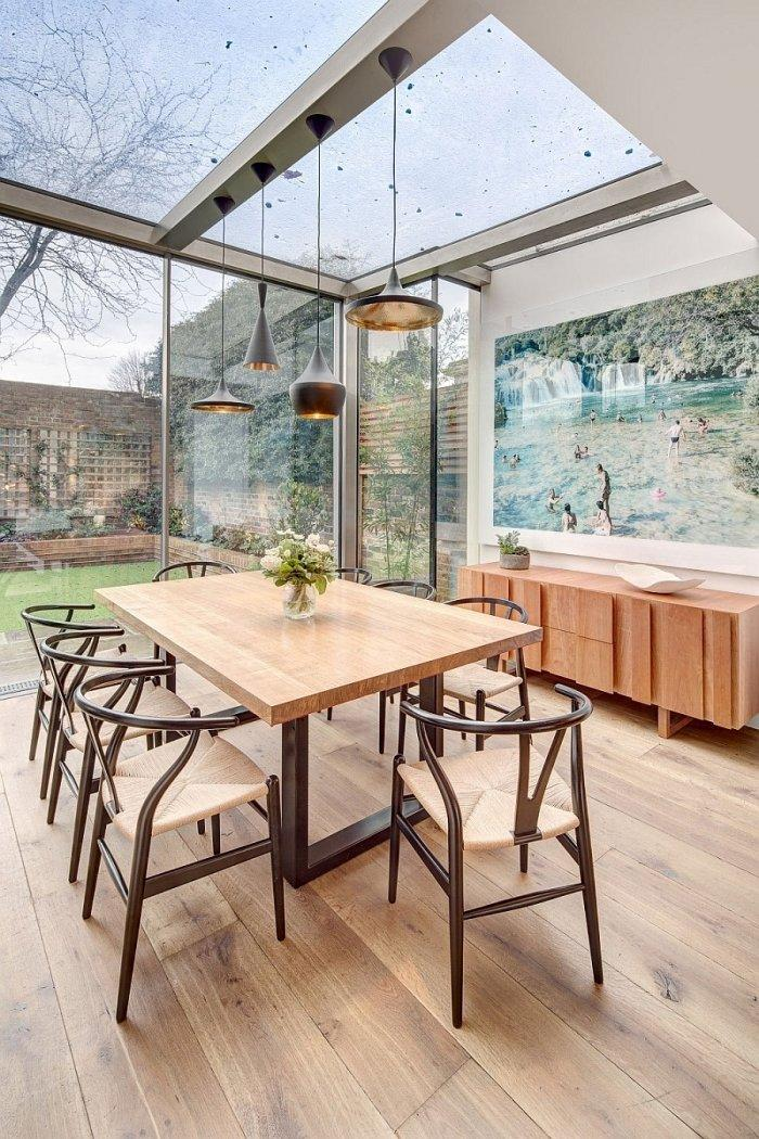 English home and its dining room in a glazed area