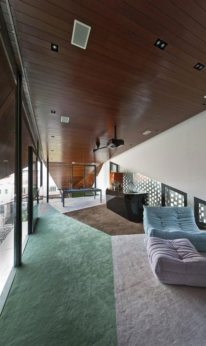 Luxurious fun room with pool table and private bar for beverages