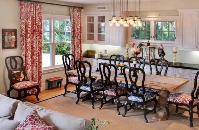 Traditional dining room interior with coastal accents of red and blue colors