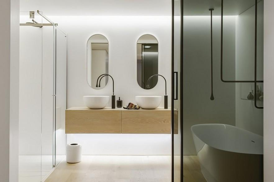 Contemporary Bathroom Interior in White By Minosa Design